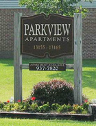 photo of Parkview Apartment sign